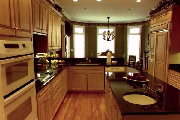 Shaker Kitchens Plain English Long House Kitchen Design